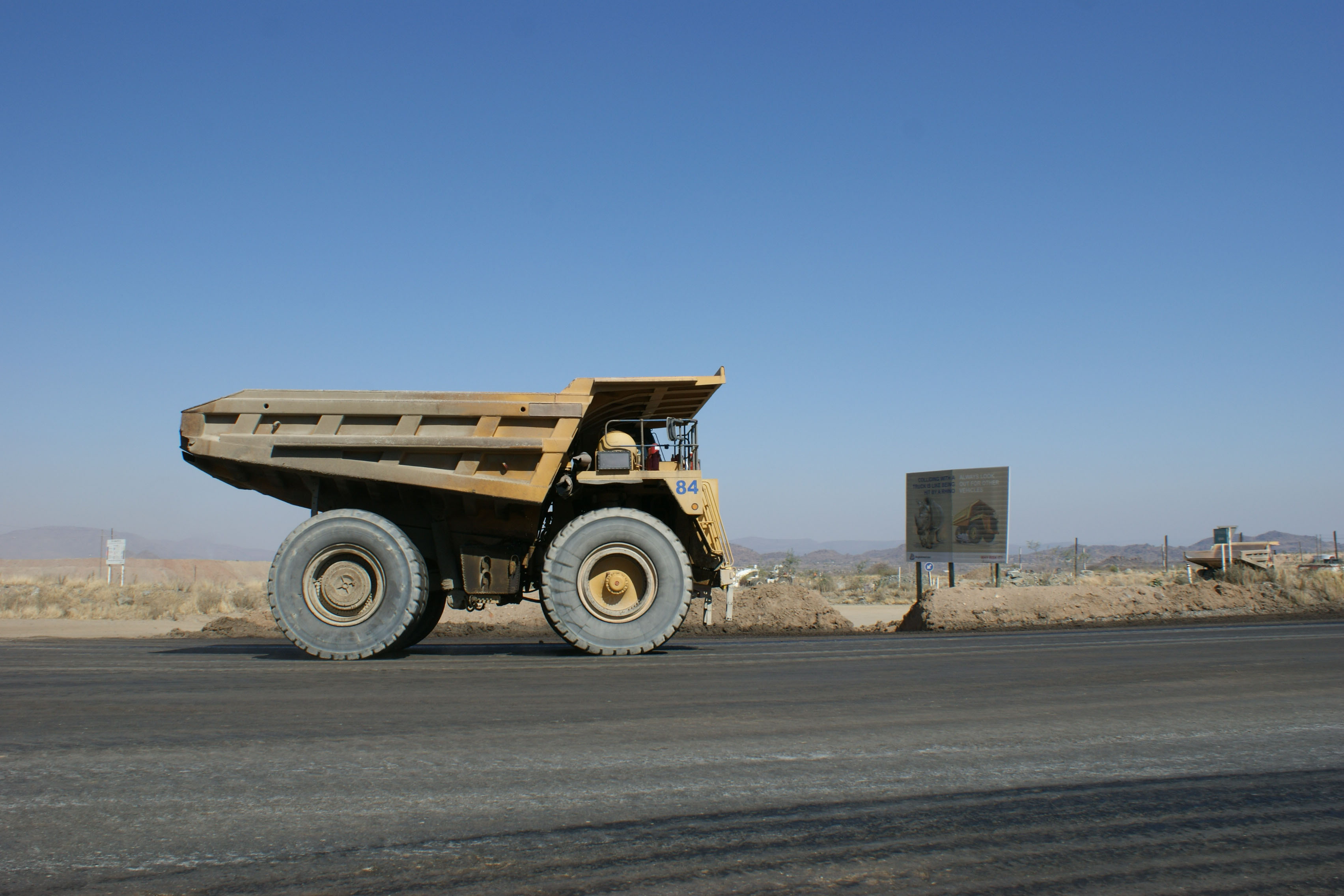 Increase haul truck tire life DUST A SIDE HINCOL
